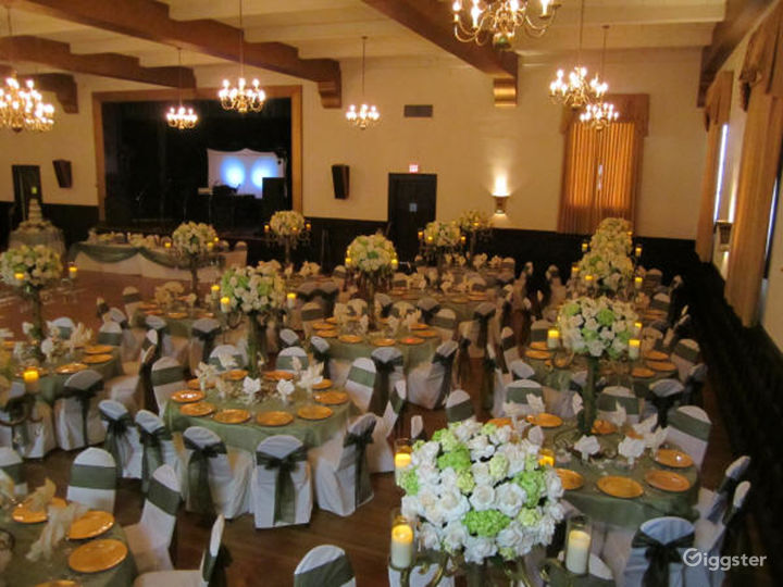 Historic Ballroom with High Ceilings and Beams Photo 2