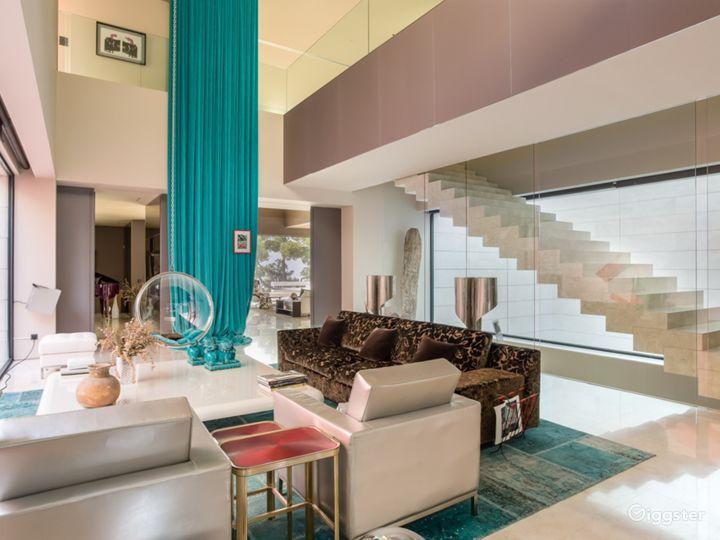 Modern Villa in Beverly Hills Photo 4