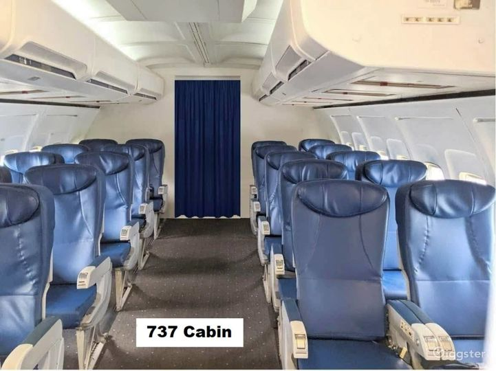 737 Airplane Interior available for filming Photo 2