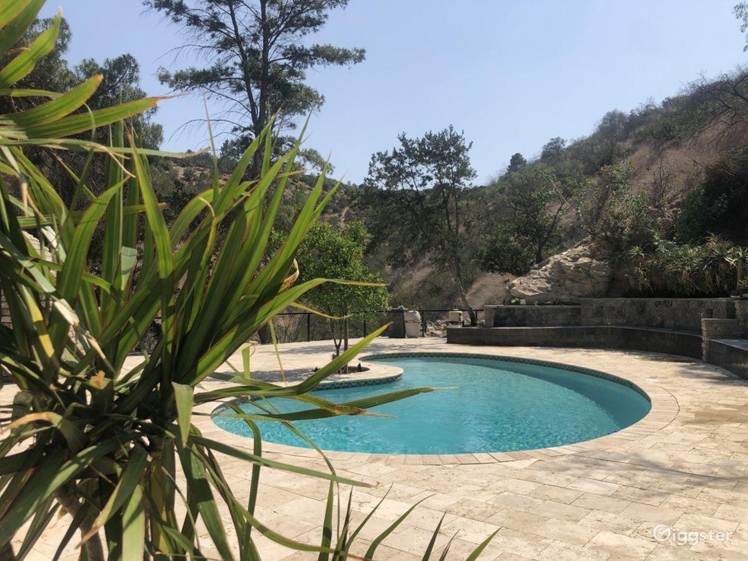 Organic-shaped pool overlooking Deervale Nature Reserve