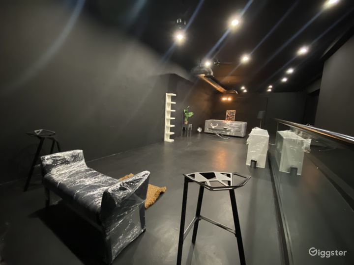 Day/Night Pop-Up Shop Furnished or Unfurnished Photo 2