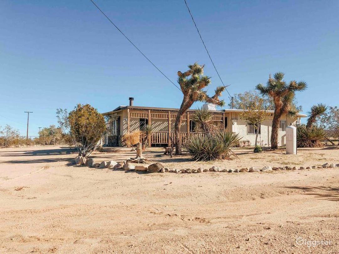 Western Cabin on 2.5 acres in Joshua Tree Desert Photo 5