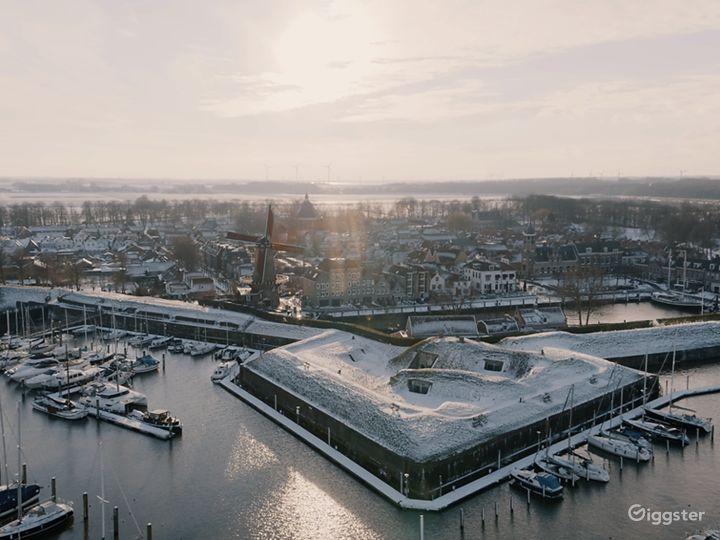 Royal Windmill d'Orange Molen at the Waterfront Photo 2