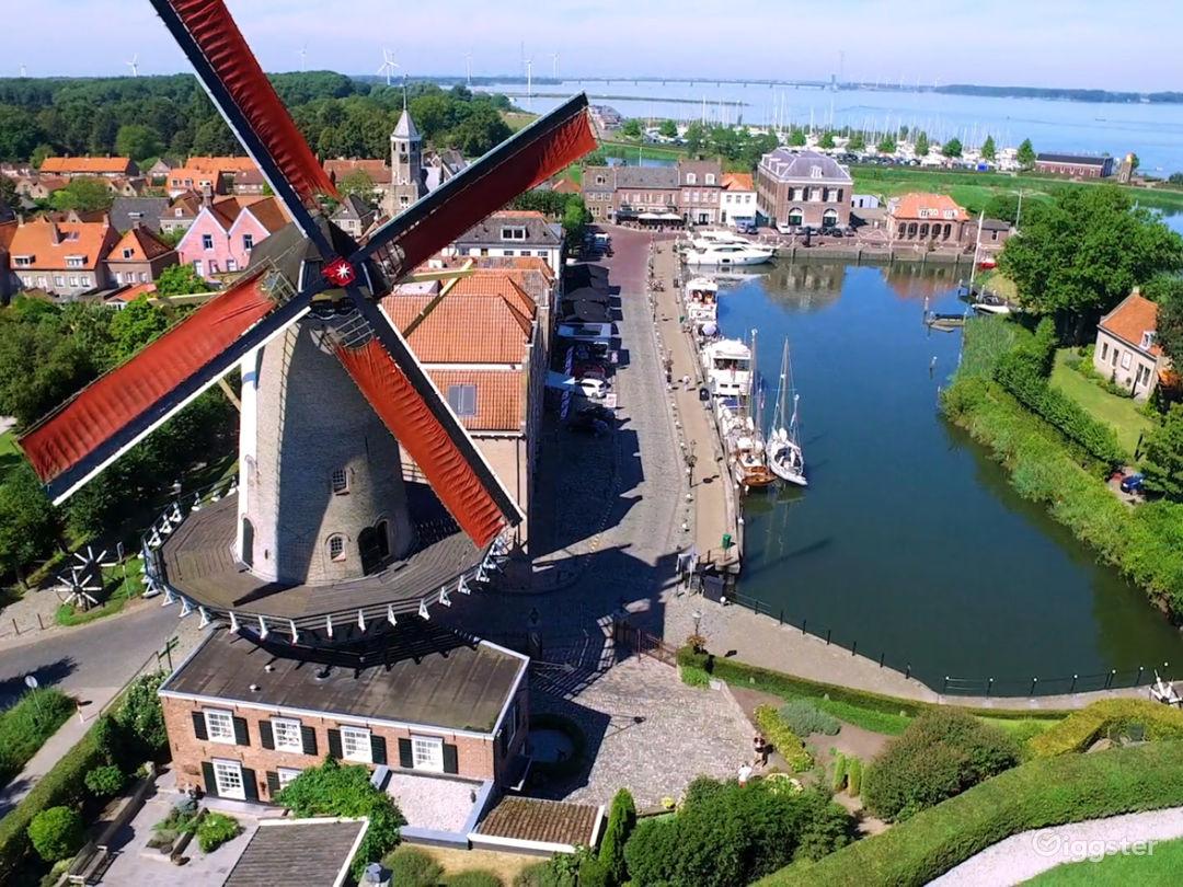 Royal Windmill d'Orange Molen at the Waterfront Photo 1