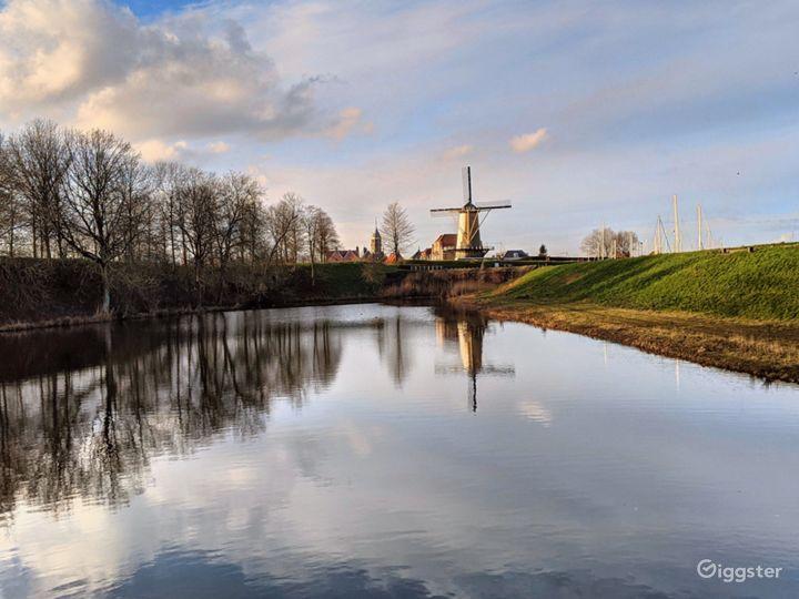 Royal Windmill d'Orange Molen at the Waterfront Photo 3