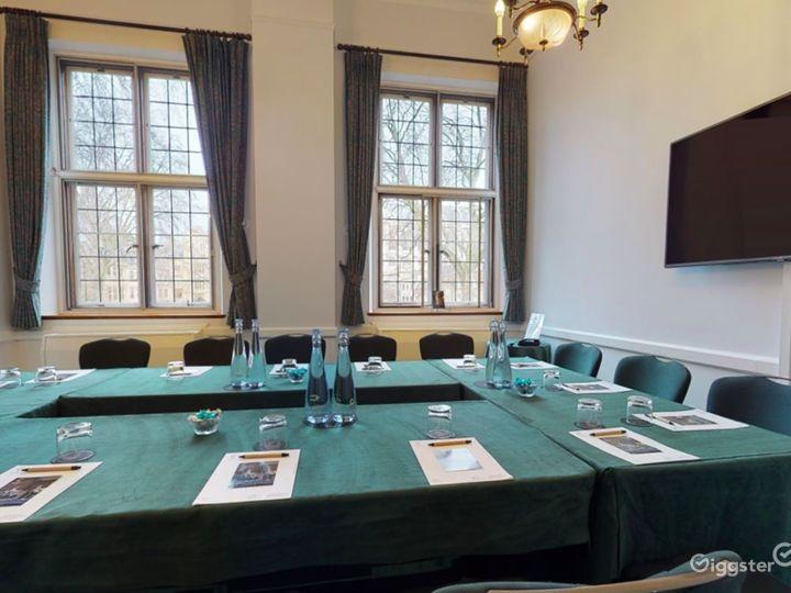 Jubilee Room in London  Photo 2