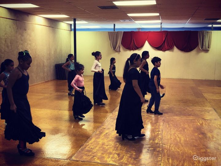 San Antonio's Glamorous Dance Studio B Photo 5