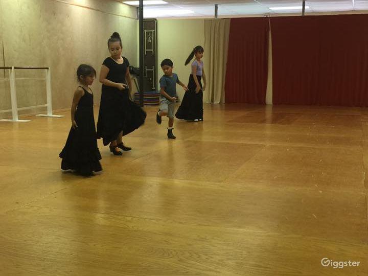 San Antonio's Glamorous Dance Studio B Photo 3