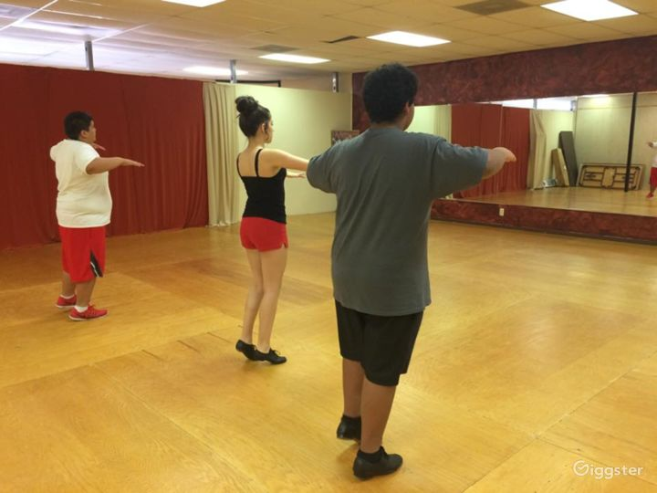 San Antonio's Glamorous Dance Studio B Photo 2