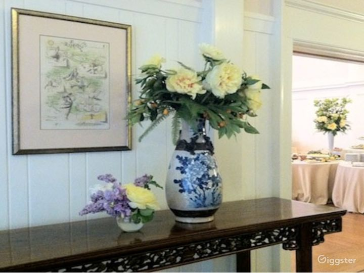 Rosy Dinning Room in San Francisco Photo 3