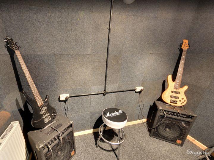 Music Room 8 in Birmingham Photo 4