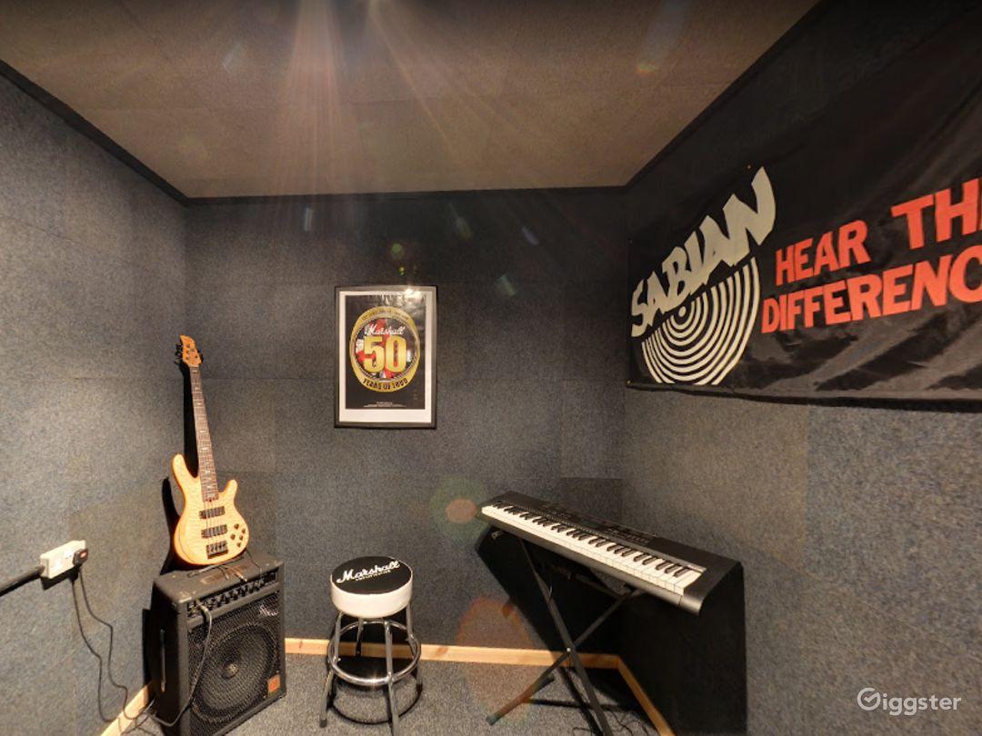 Music Room 8 in Birmingham Photo 1