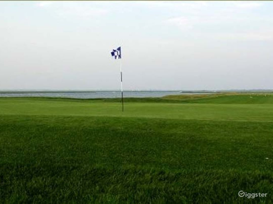 Golf course, club house, restaurant: Location 3294 Photo 1