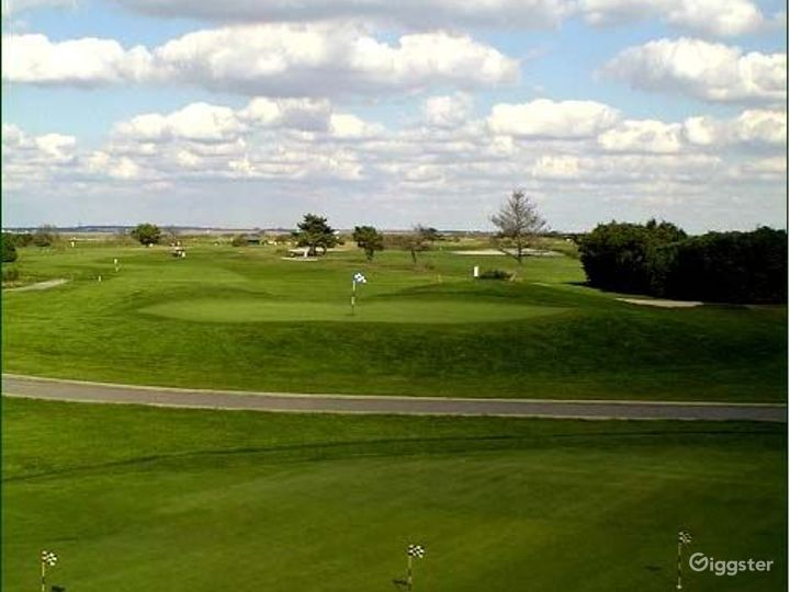 Golf course, club house, restaurant: Location 3294 Photo 2