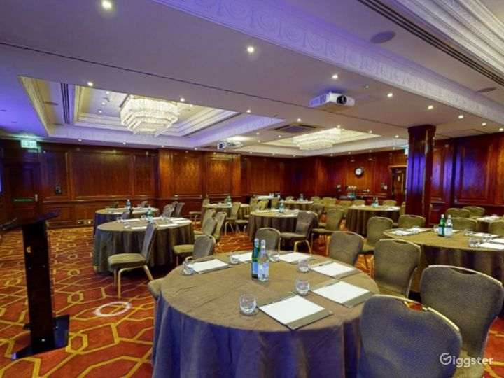 """Beautiful """"Connaught A"""" Event Space in London, Heathrow Photo 5"""