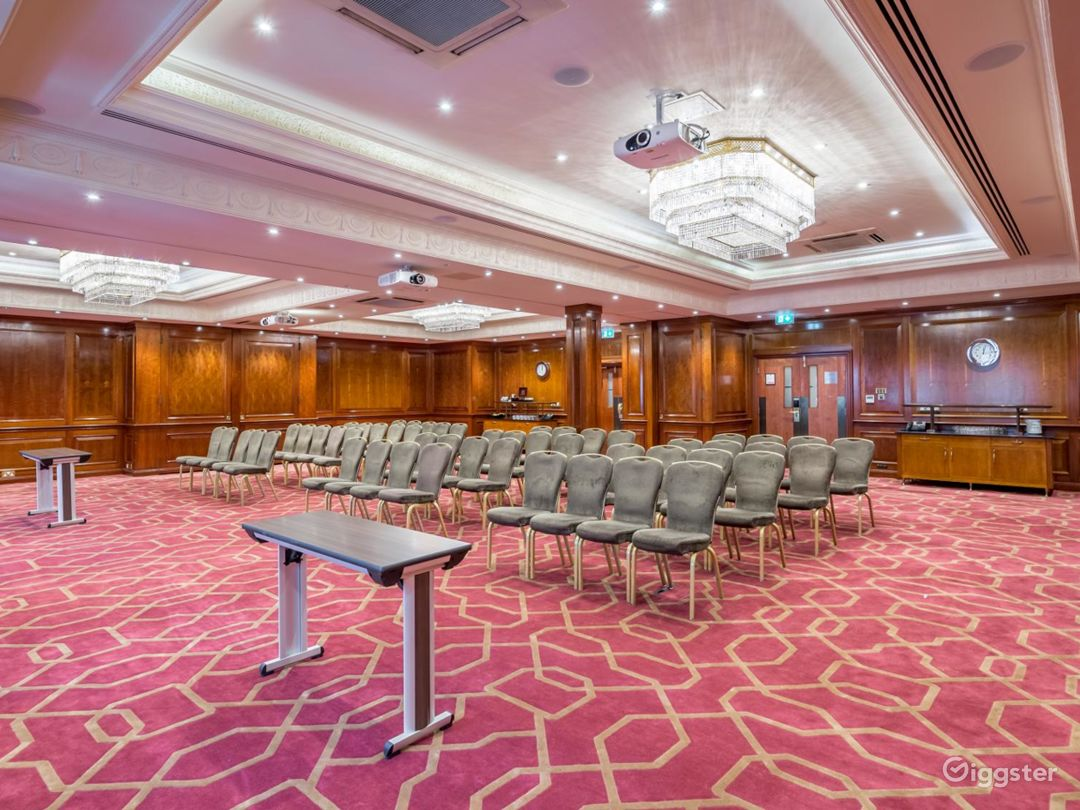 """Beautiful """"Connaught A"""" Event Space in London, Heathrow Photo 1"""