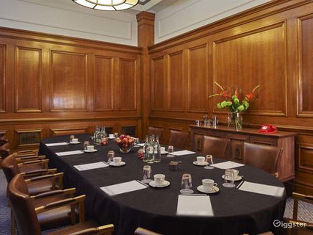 Classy Oak Boardroom in Manchester Photo 1