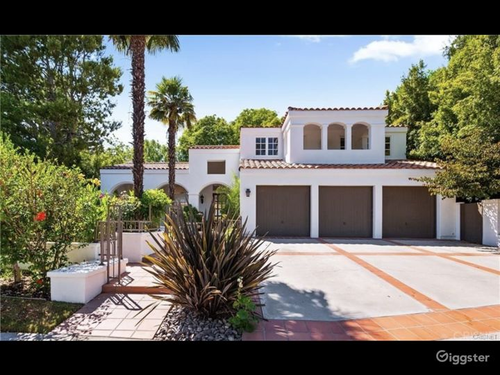 Private Gated Calabasas Home w/ New Pool  Photo 4