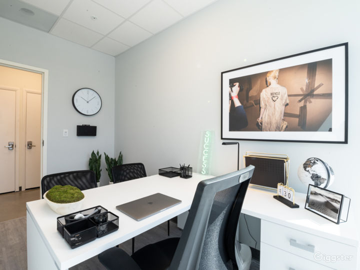 Upscale Corporate Image Private Office Space Photo 3