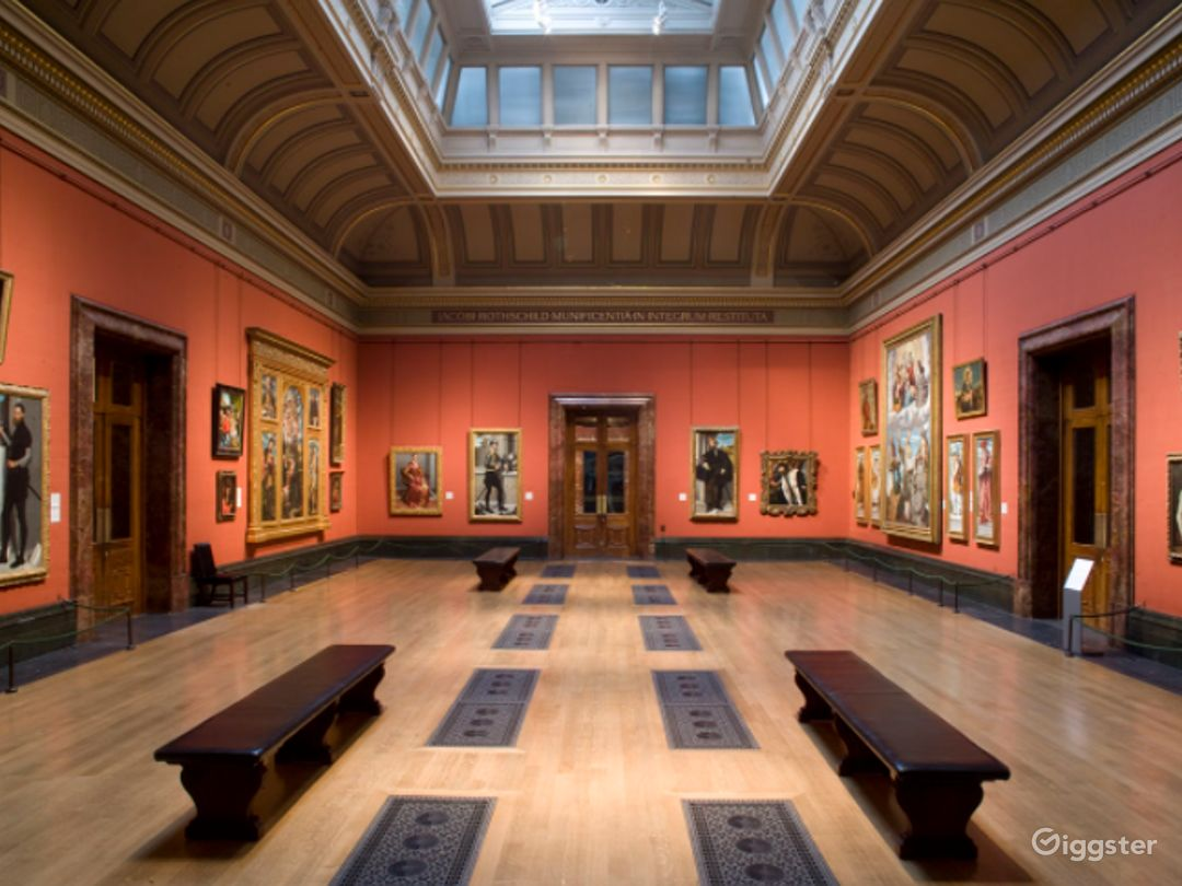 Central Hall in The National Gallery, London Photo 1