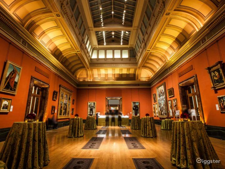 Central Hall in The National Gallery, London Photo 5