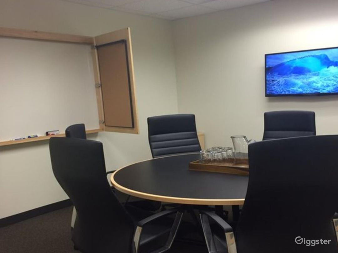 The Belmont Medium Conference Room Photo 1