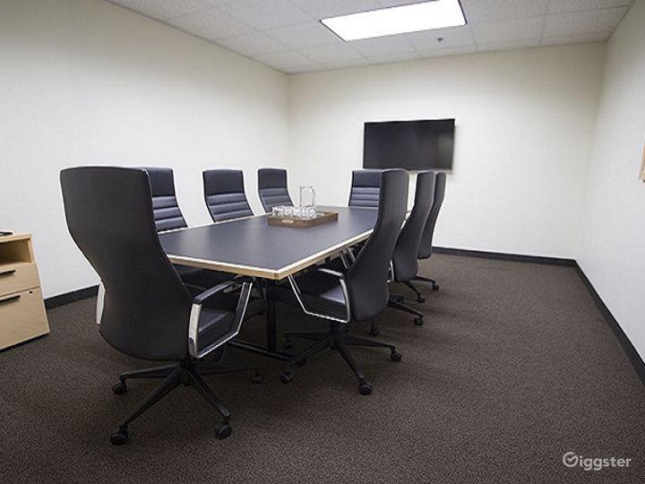 The Belmont Medium Conference Room Photo 2