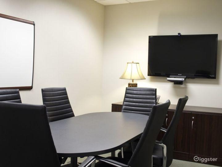 The Belmont Medium Conference Room Photo 5