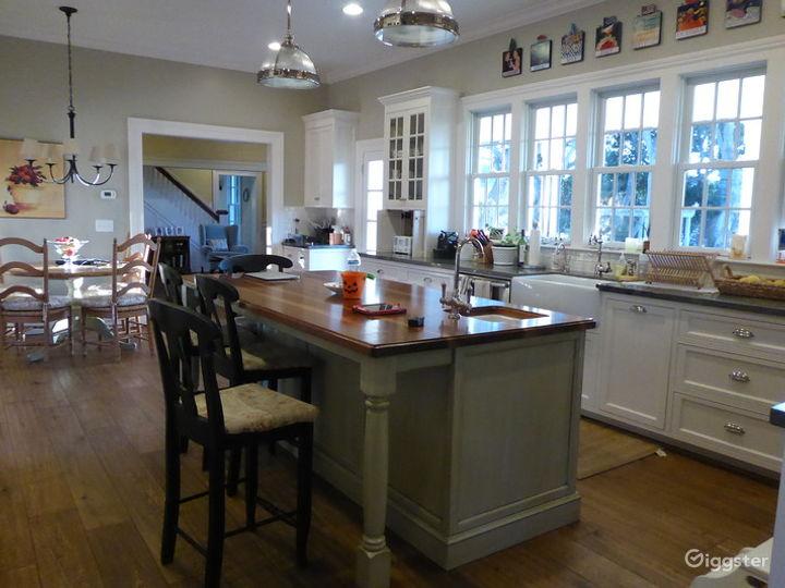 Oak House Photo 3