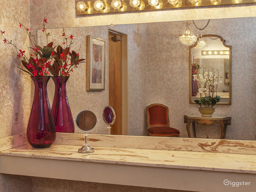 The vanity in the entrance to the ladies' restroom.