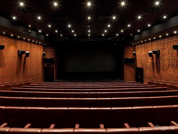 The Grand Theatre in Mayfair, London. Photo 2