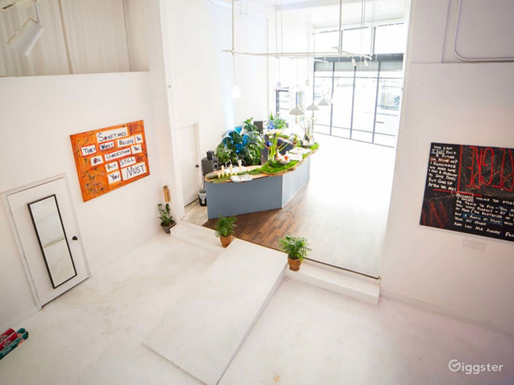 Large Versatile Gallery Space in Los Angeles Photo 2