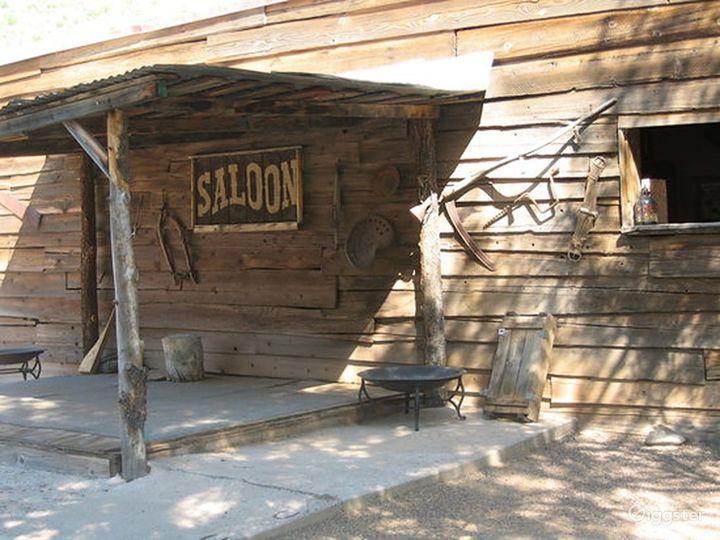 Wild West Saloon Photo 5