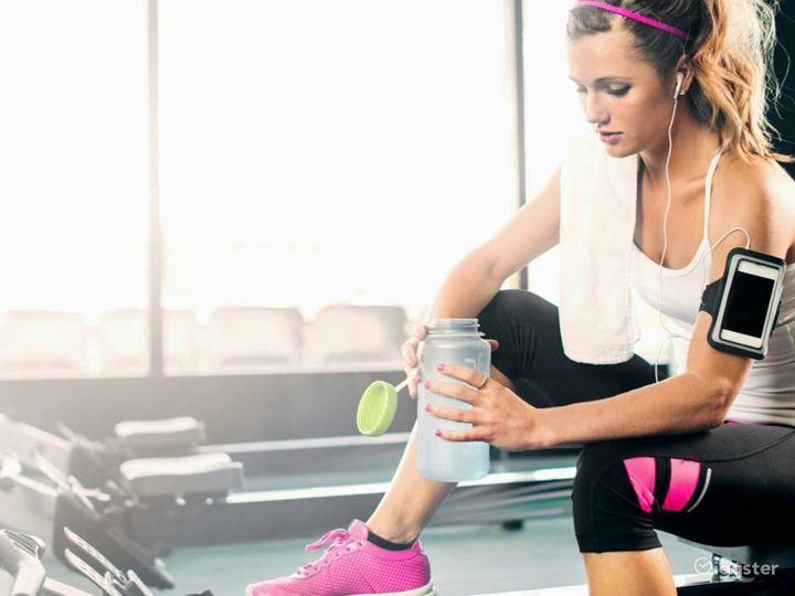 Spacious Fitness Gym in Phoenix Photo 5