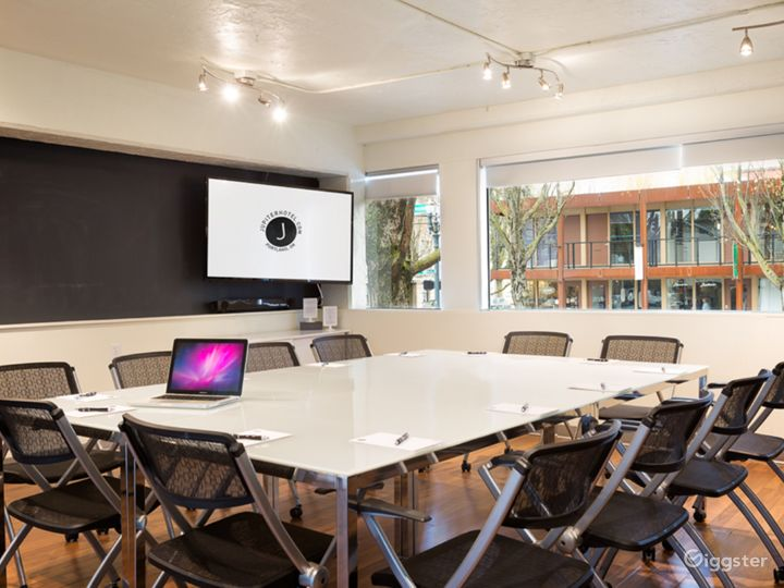 Meeting room with lots of natural light