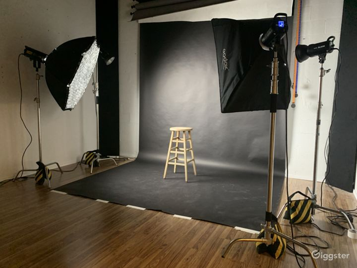 Affordable Photo & Video Studio in Heart of Miami  Photo 2