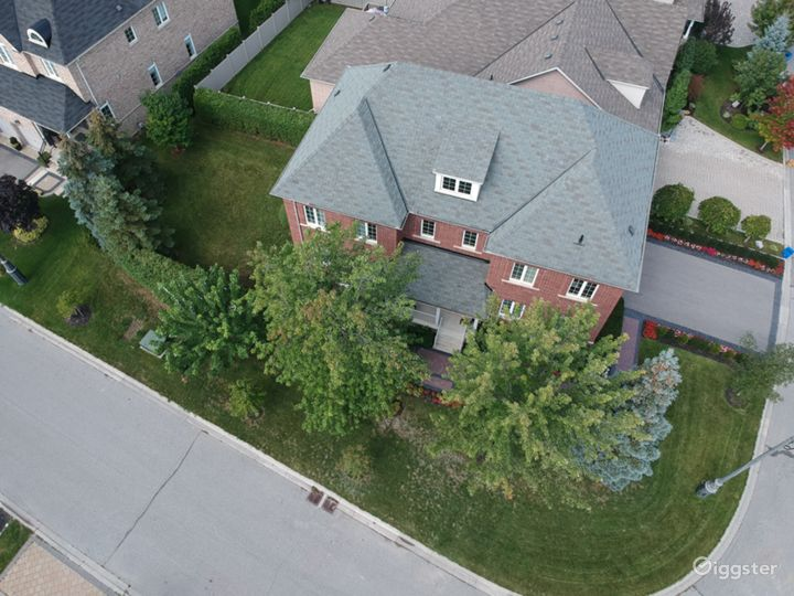 Top view. Lots of parking space on driveway