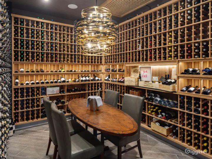 World-Class Restaurant + Bar in Palm Desert Photo 4