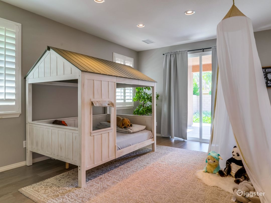 Kid's camping room