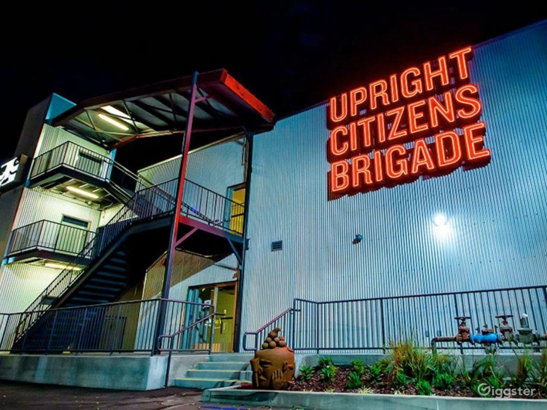 Modern, Versatile Theatre in Hollywood Photo 5