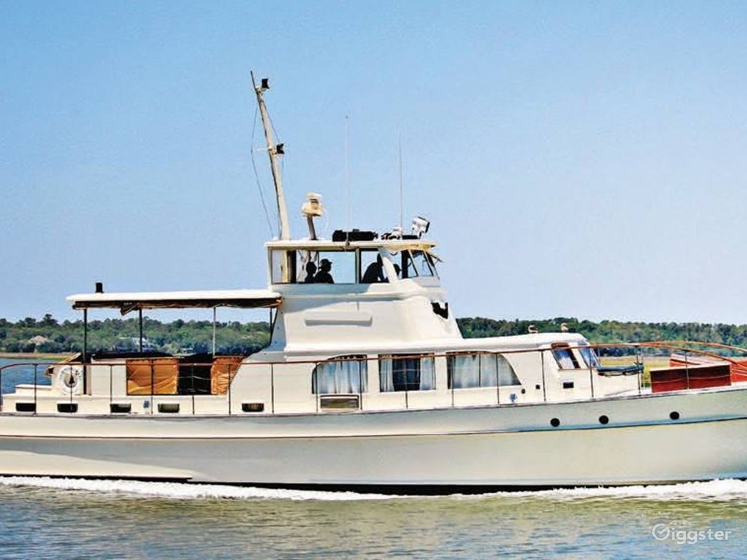String of Pearls is a 71 foot teak and mahogany yacht. The Coast Guard allows us to host 35 people. There is an operational kitchen and bedrooms that are in the process of being renovated.  Our price vary dependent on the project.
