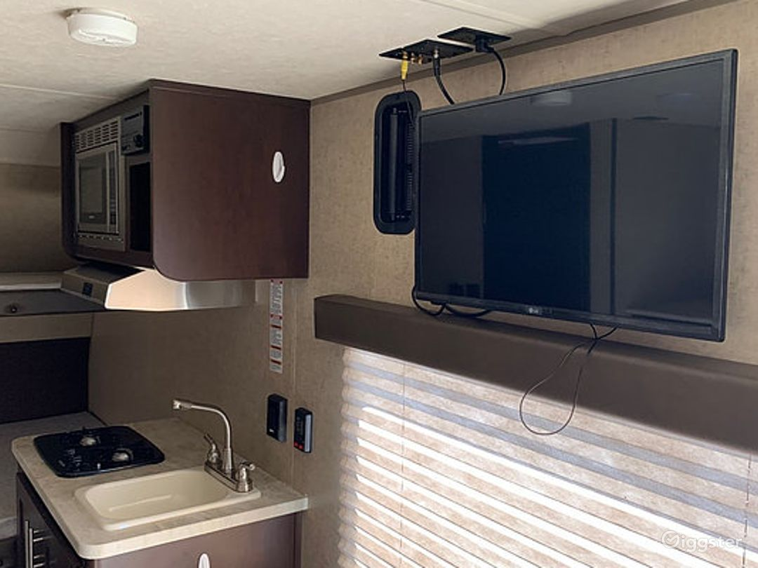 Simple and Lightweight 17sq ft 2016 Wolf Pup Recreational Vehicle Photo 1