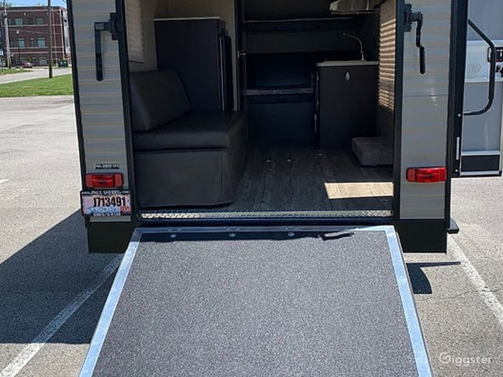 Simple and Lightweight 17sq ft 2016 Wolf Pup Recreational Vehicle Photo 2