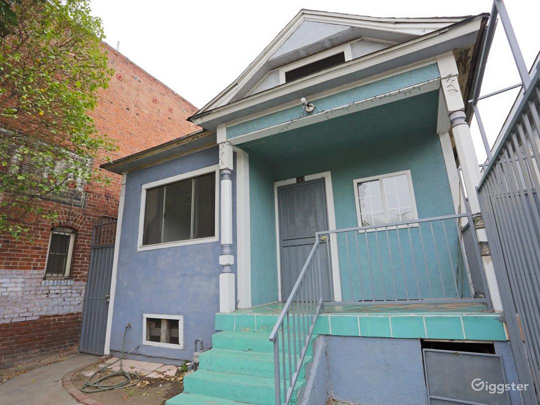 Downtown L.A. Stripped House Photo 3