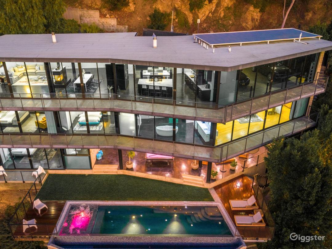 Modern Architecture Hollywood Gem Photo 1