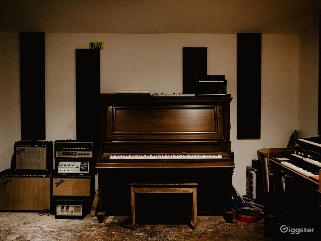 Audio Production Studio Photo 1