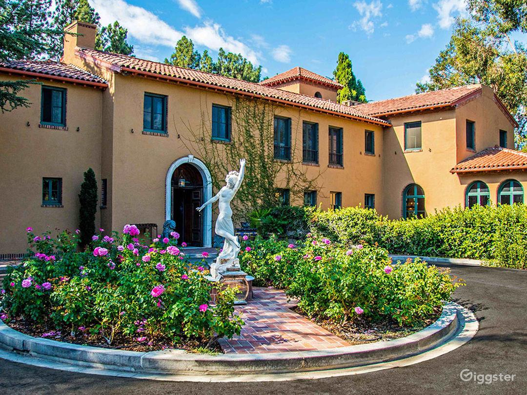 Silverlake Mansion Photo 2