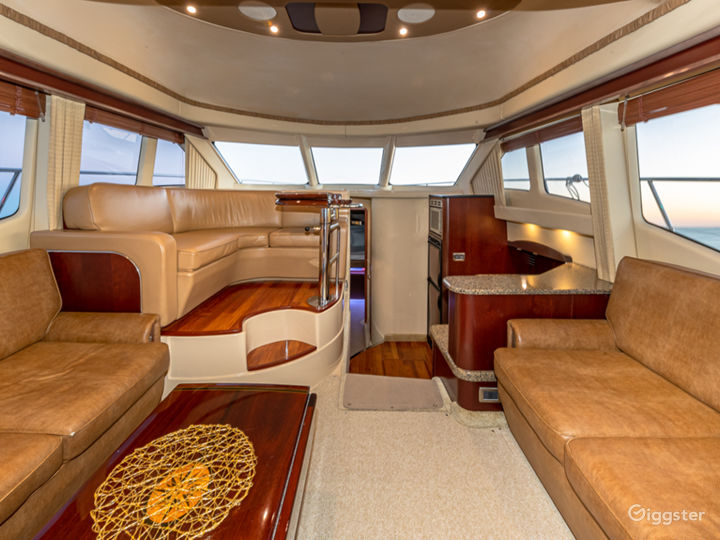 Phenomenal 50FT SEA RAY Fly Party Yacht Space Events -  Photo 4