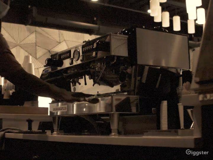 Beautiful Upscale Afro Modern Coffee Shop / Rest. Photo 5