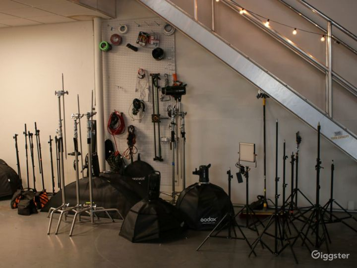 A Perfect Studio for Photography & Production Photo 5